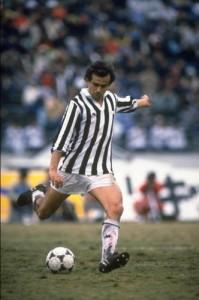 Michel Platini- cầu thủ xuất sắc nhất tại các kỳ Euro