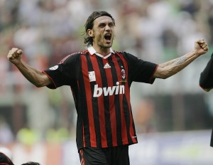 Paolo Maldini là hậu vệ xuất sắc trong các kỳ Euro