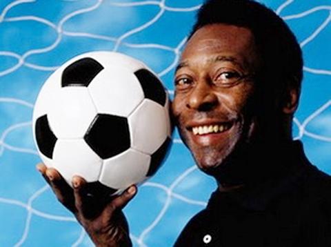 Vua bóng đá Pele sử dụng mạng xã hội