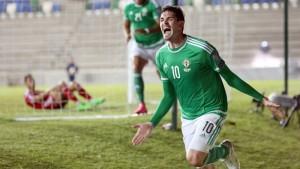 Đội tuyển Bắc Ireland hy vọng tại chân sút Kyle Lafferty tại Euro 2016