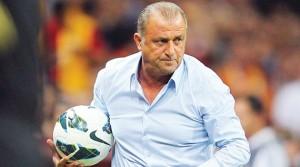 Đội tuyển Thổ Nhĩ Kỳ tham dự Euro 2016 dưới sự dẫn dắt của HLV Fatih Terim
