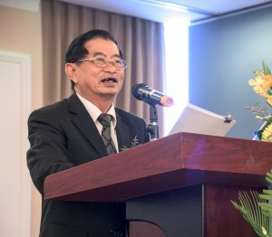Giáo sư Dương Nghiệp Chí ủng hộ hợp pháp hóa cá độ bóng đá