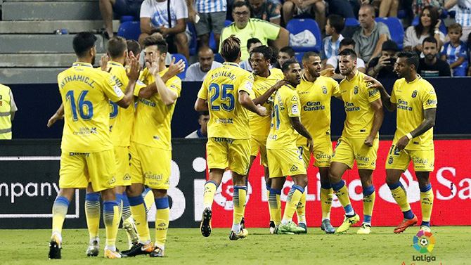 Nhận định, soi kèo Barcelona vs Las Palmas