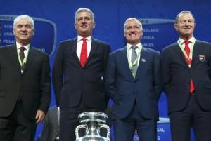 4 huấn luyện viên của bảng A tại lễ bốc thăm vòng bảng Euro 2016