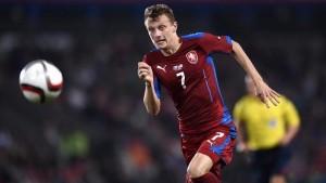 Ladislav Krejci là con tốt tốc độ của đội tuyển CH Czech tham dự Euro 2016